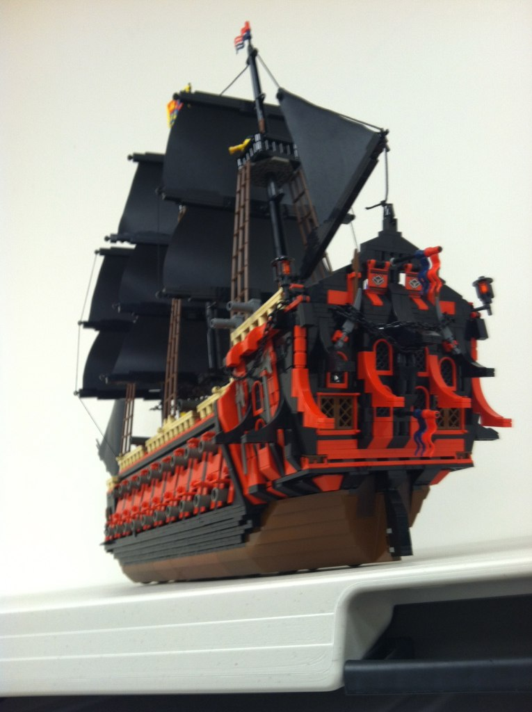 bateau de pirate crimson dragon lego brickmafia