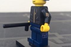 Lego-Gendarme-Casque-Yataz