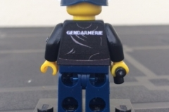 Lego-Gendarme-french-military-police-Yataz