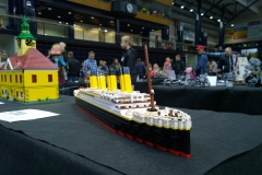 lego-titanic-display