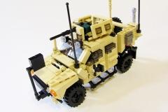 Lego-Oshkosh-M-ATV-1