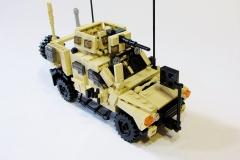 Lego-Oshkosh-M-ATV-2