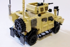 Lego-Oshkosh-M-ATV-6