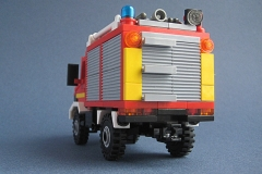 lego-unimog-pompier-4