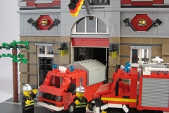 lego-unimog-pompier-caserne