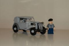 Lego-Citroen-Traction-Avant-11CV-2