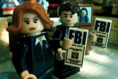 Lego-X-Files-Mulder-Scully-4